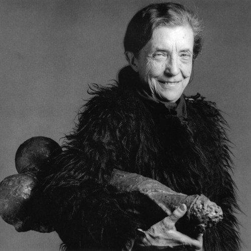 Louise-Bourgeois-in-1982-with-fillette-1968-photo-1982-copyright-the-estate-of-robert-mapplethorpe